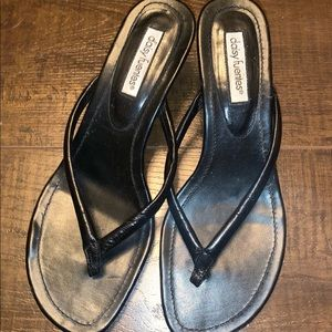Daisy Fuentes Black Sandal Heels